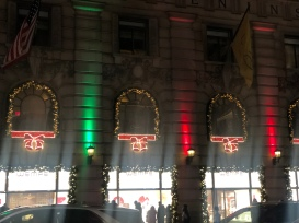 The Penninsula Hotel NYC lit up for Christmas