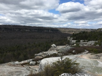 Overlook Gertrude's Nose Hike, Minnewaska Preserve, New York