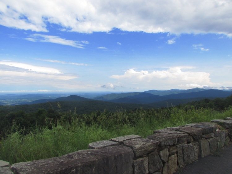 Blue Ridge Mountain overlook on Skyline drive, Shenandoah National park