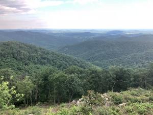 Blue Ridge Mountains from Skyline drive overlook, Shenandoh National Park, VA